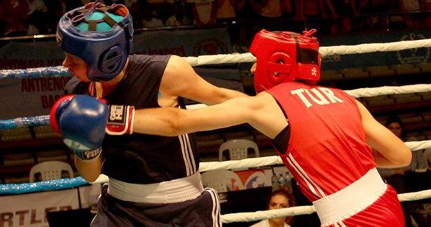 Türkiye boksta 11 altın, 9 gümüş madalya kazandı