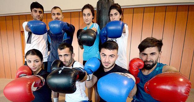 Üniversiteli boksörler, 2 bin 200 rakımda hazırlanıyor