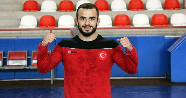 Avrupa Güreş Şampiyonası'nda Enes Uslu gümüş madalya kazandı
