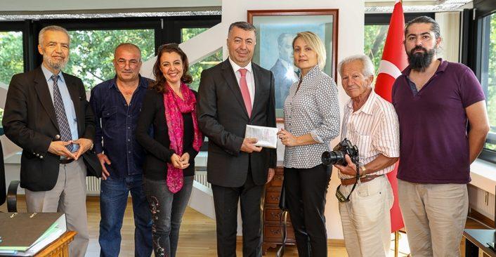 Berlinli gazetecilerden Başkonsolos Çelik'e ziyaret