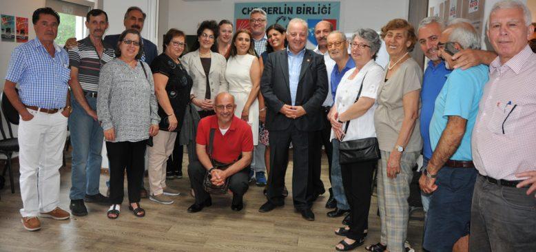 Berlin CHP Birliği'nde bayramlaşma