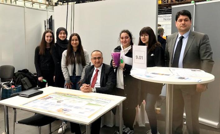 Bochum'da Meslek Tanıtım Fuarı Düzenlendi