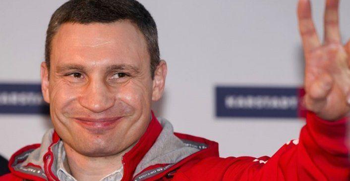 Eski boks şampiyonu Klitschko yanan yattan kurtarıldı
