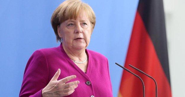 Almanya'da salgın önlemleri 19 Nisan'a dek sürecek