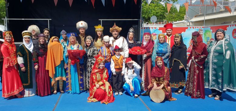 Almanya'da eski Türk kıyafetleri defilesi