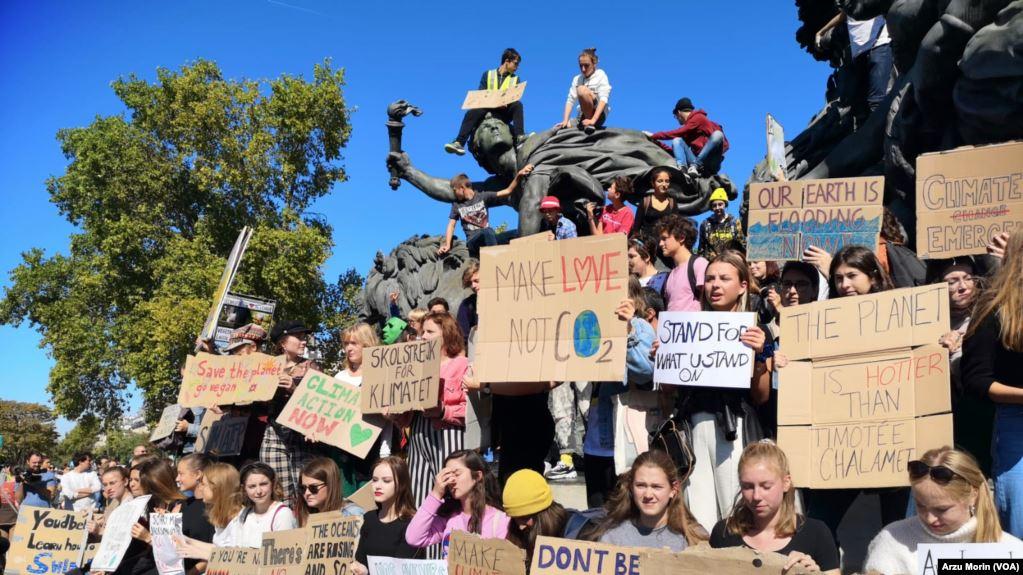 Gençler İklim İçin Dünyayı Ayağa Kaldırdı