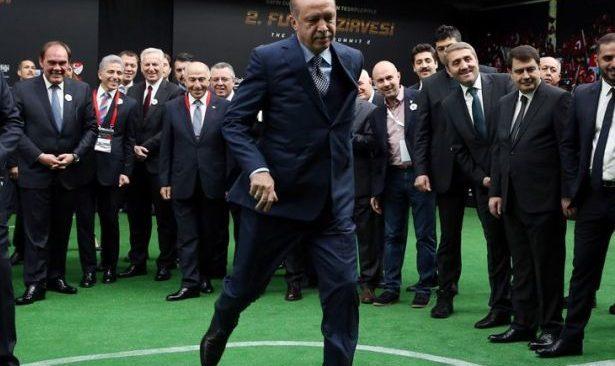 Erdoğan, TFF'yi eksiksiz olarak Saray'a çağırdı