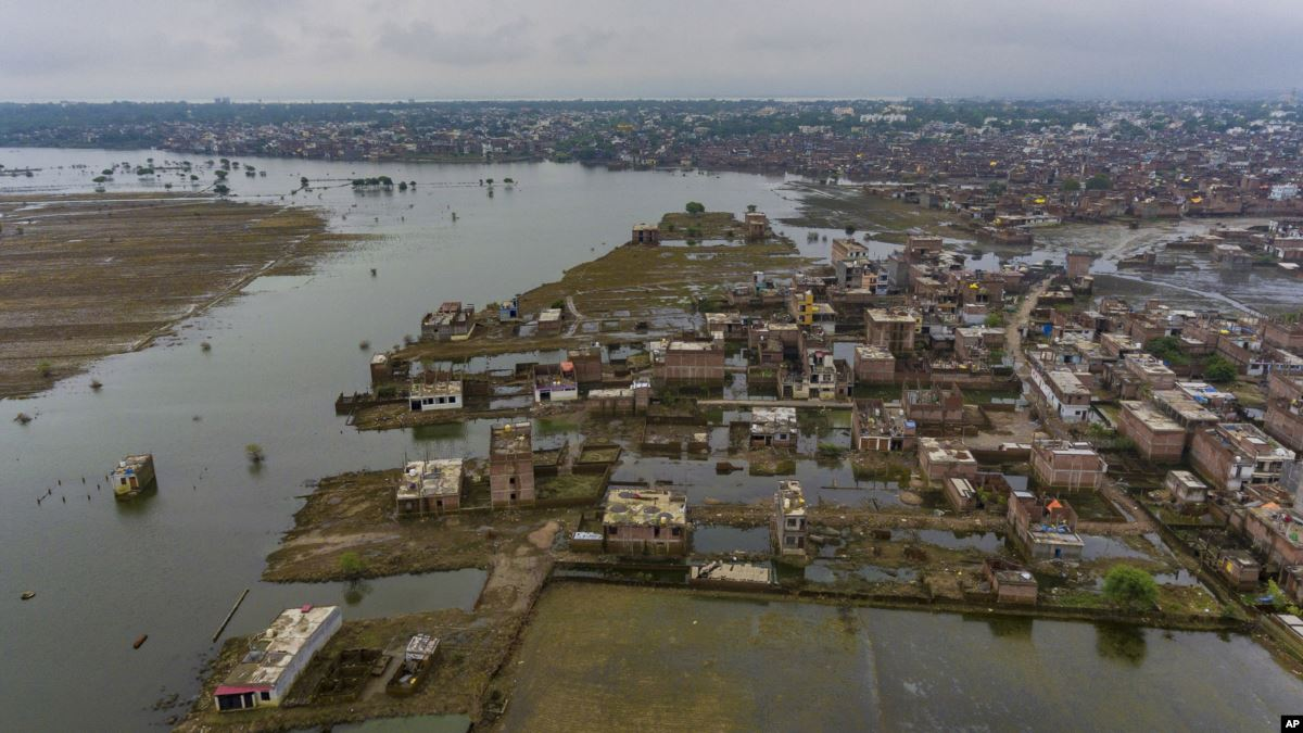Hindistan'da Muson Yağmurları 113 Kişinin Ölümüne Neden Oldu