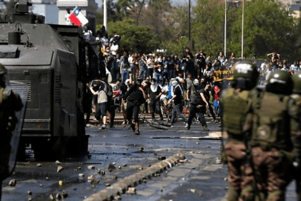 Şili'deki eylemlerde 11 kişi yaşamını yitirdi, bin 420 kişi tutuklandı