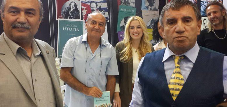 Vedat Tatar ilk eserini Ankara Kitap Fuarı'nda tanıttı