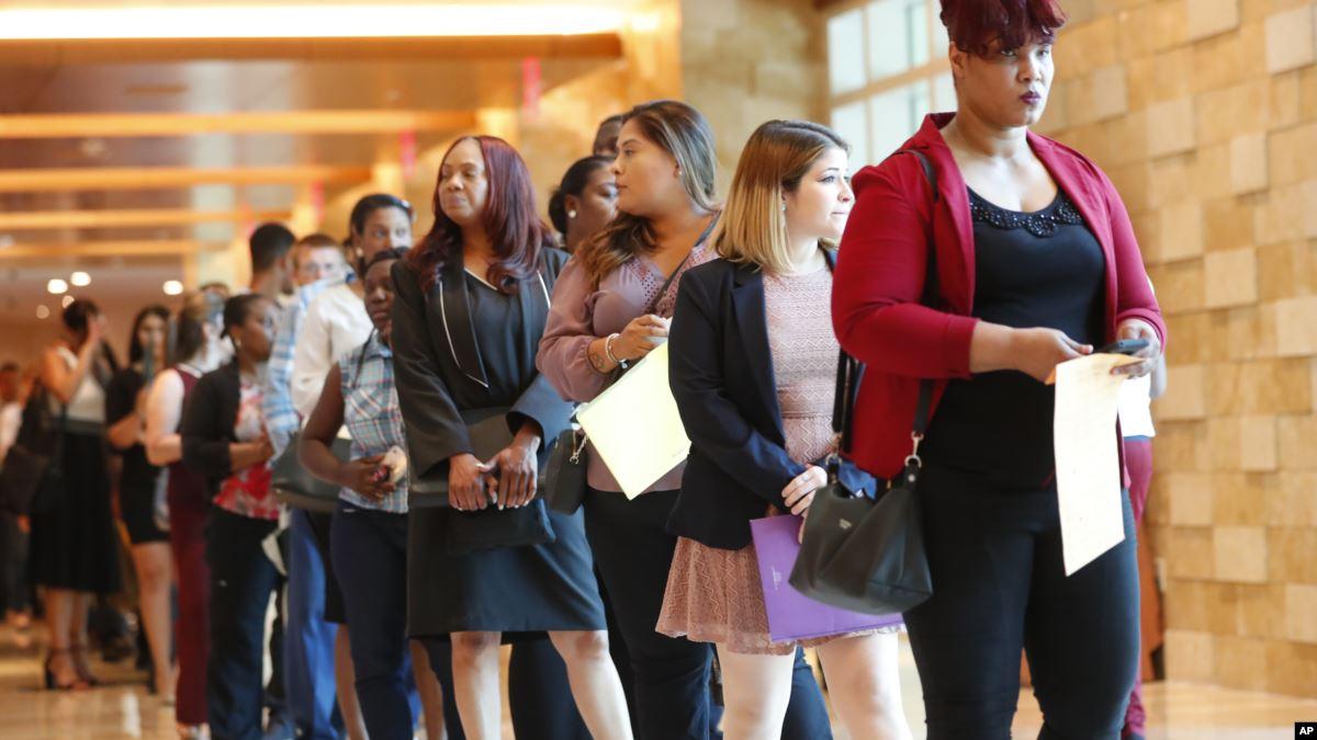 ABD'de Kendi Alanında Çalışmayan Mezunların Sayısı Artıyor