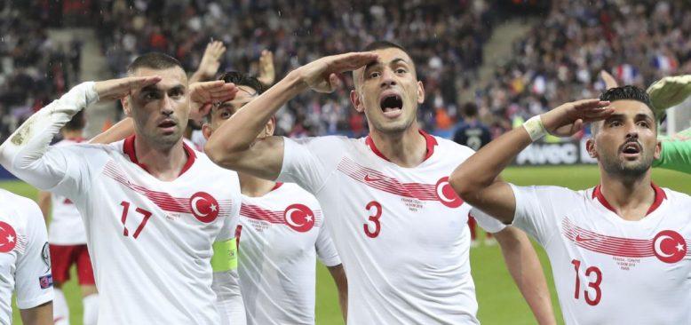 Fransız Bakandan UEFA'ya Asker Selamı Başvurusu