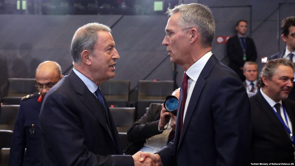 Savunma Bakanı Akar Brüksel'de ABD Savunma Bakanı Esper'le Görüştü