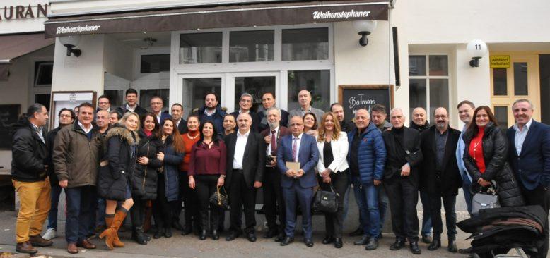 Berlinli gazeteciler ve TDU yönetimi bir araya geldi
