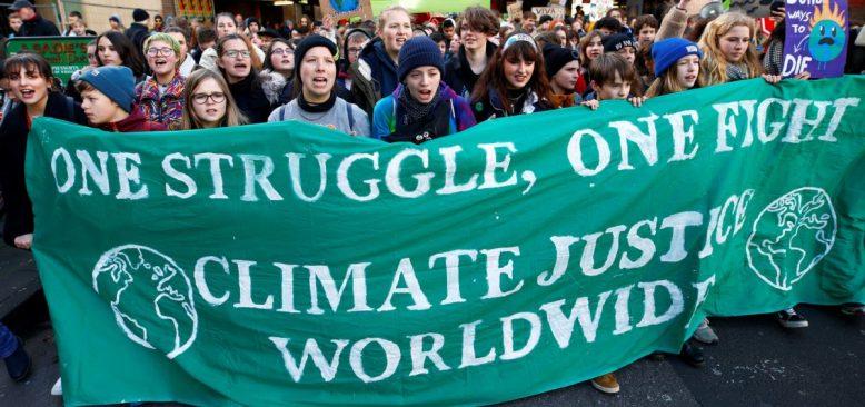 İklim Zirvesi Öncesi Dünyanın Dört Bir Yanında Gösteriler