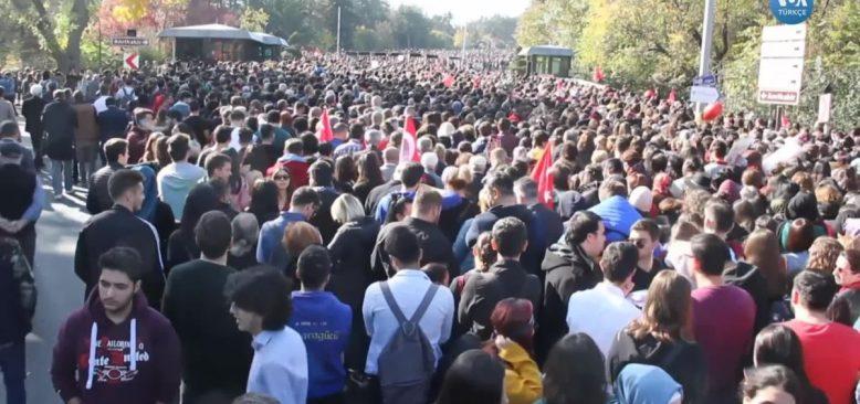 10 Kasım'da Anıtkabir'e İnsan Seli