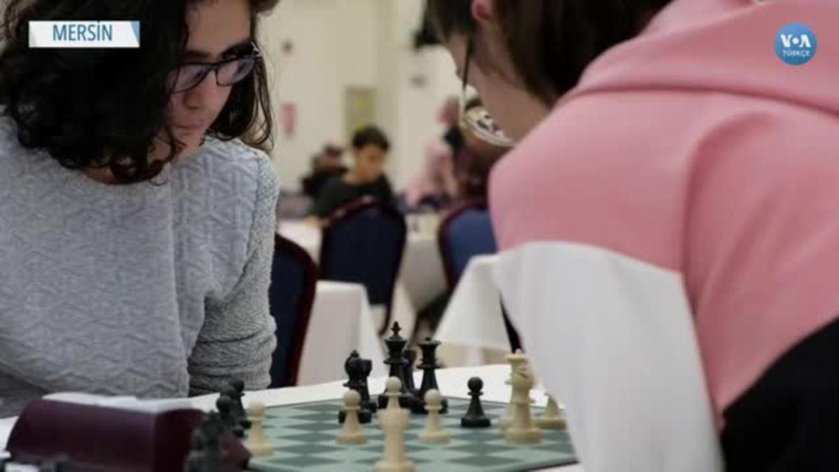 16 Ülkeden 320 Satranç Ustası Mersin'de Yarıştı