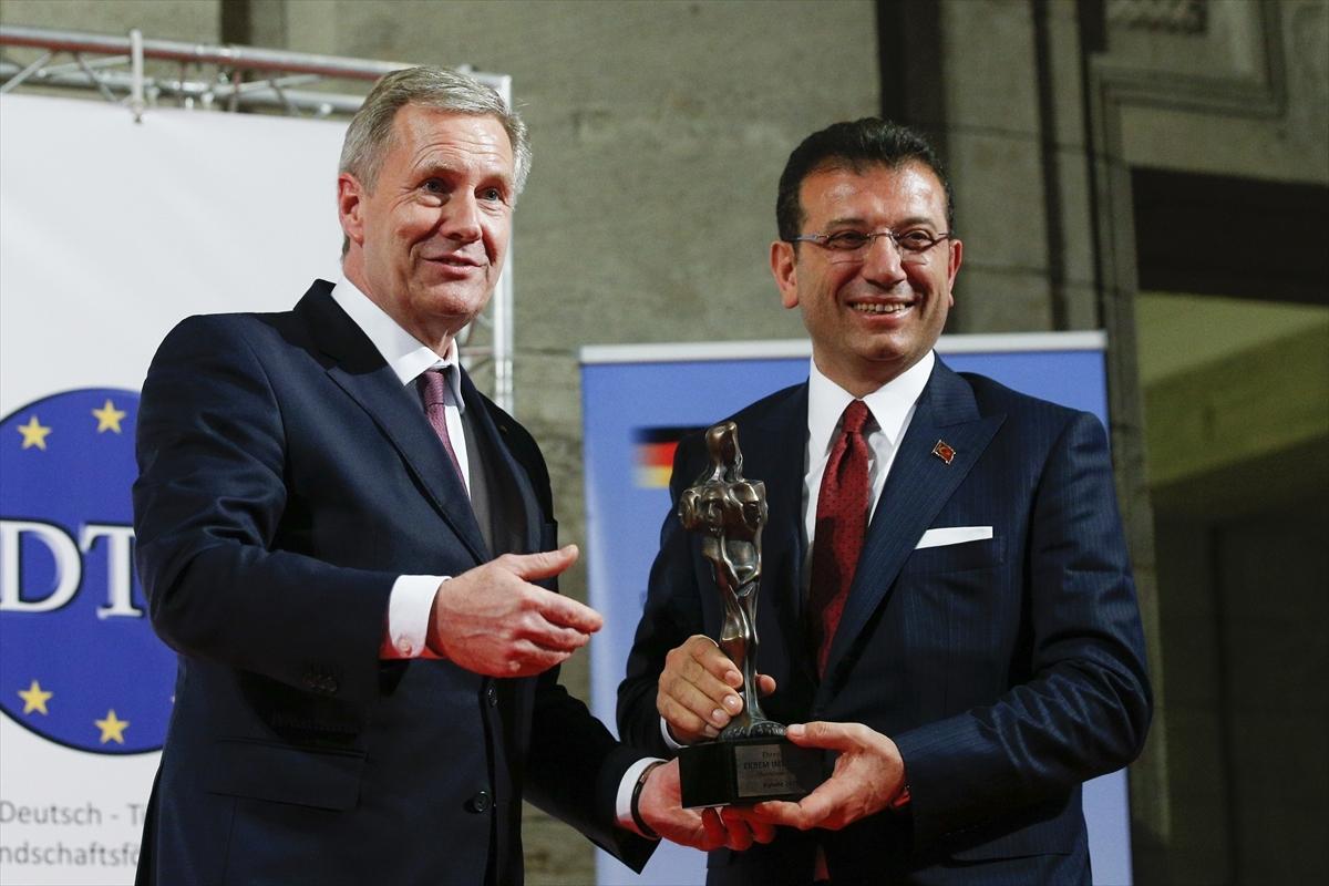 İmamoğlu'na, Berlin`de Kybele Dostluk Ödülü verildi