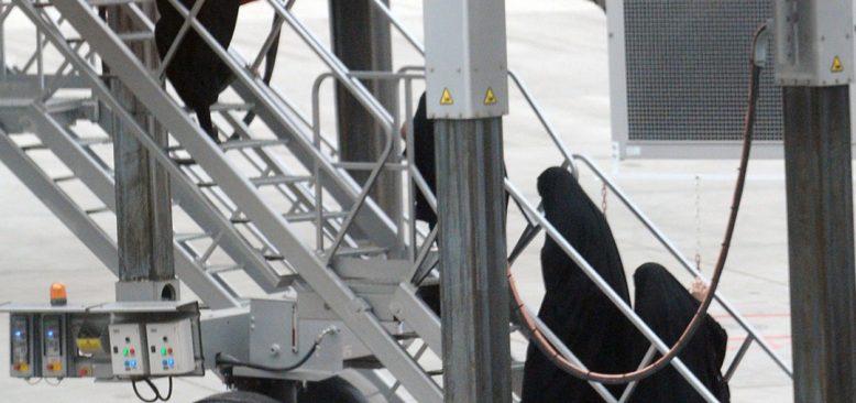 Türkiye'den sınır dışı edilen yabancı terörist savaşçılar Almanya'ya geldi