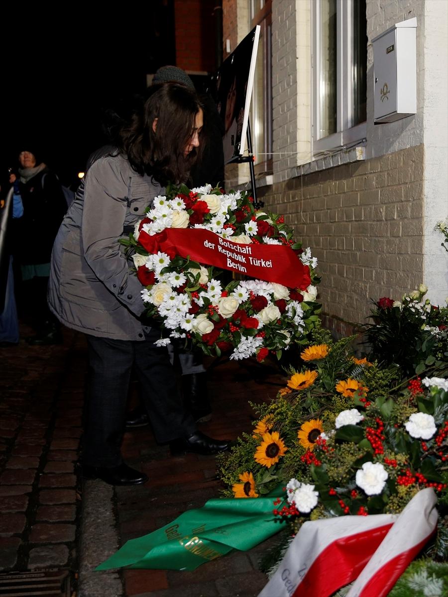 Almanya'da Mölln faciasının 27. yılı anıldı