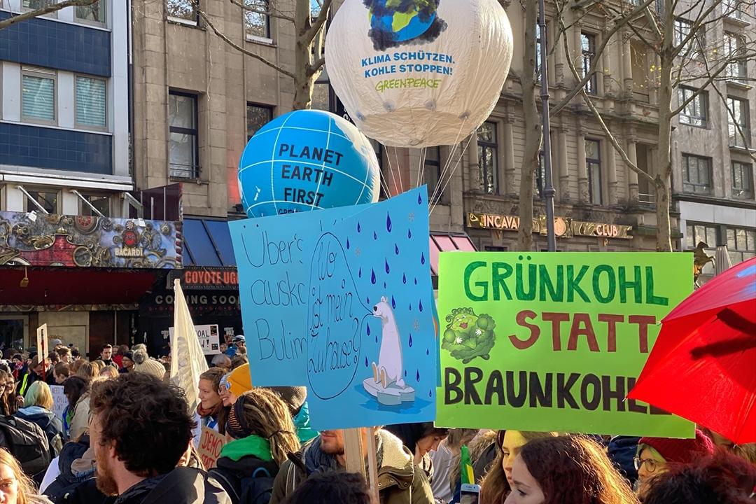 "Köln'de ""küresel iklim grevi"" gösterisi"