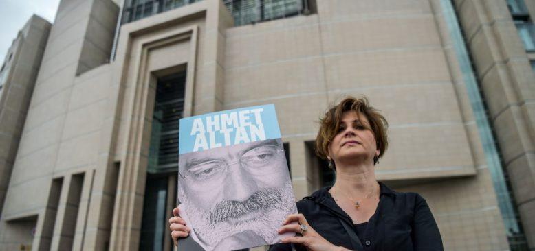 Ahmet Altan ve Nazlı Ilıcak'a Tahliye Mehmet Altan'a Beraat