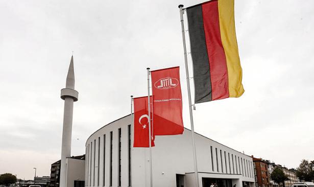 Almanya imam yetiştirecek, DİTİB 'devletin görevi değil' dedi