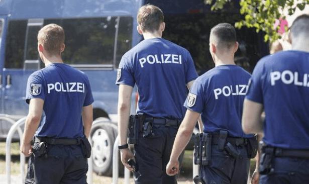 Almanya'da IŞİD operasyonu: 2'si Türk 3 kişi gözaltına alındı