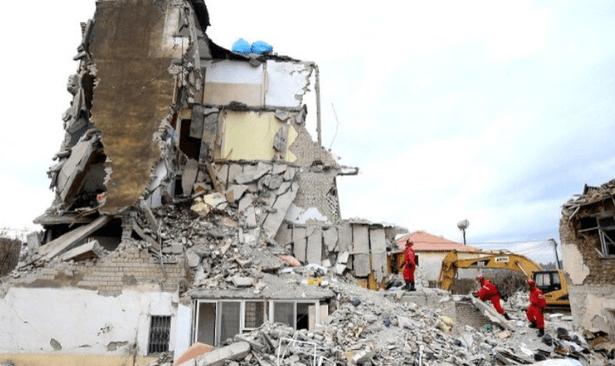 Arnavutluk depreminde ölü sayısı 50'ye yükseldi