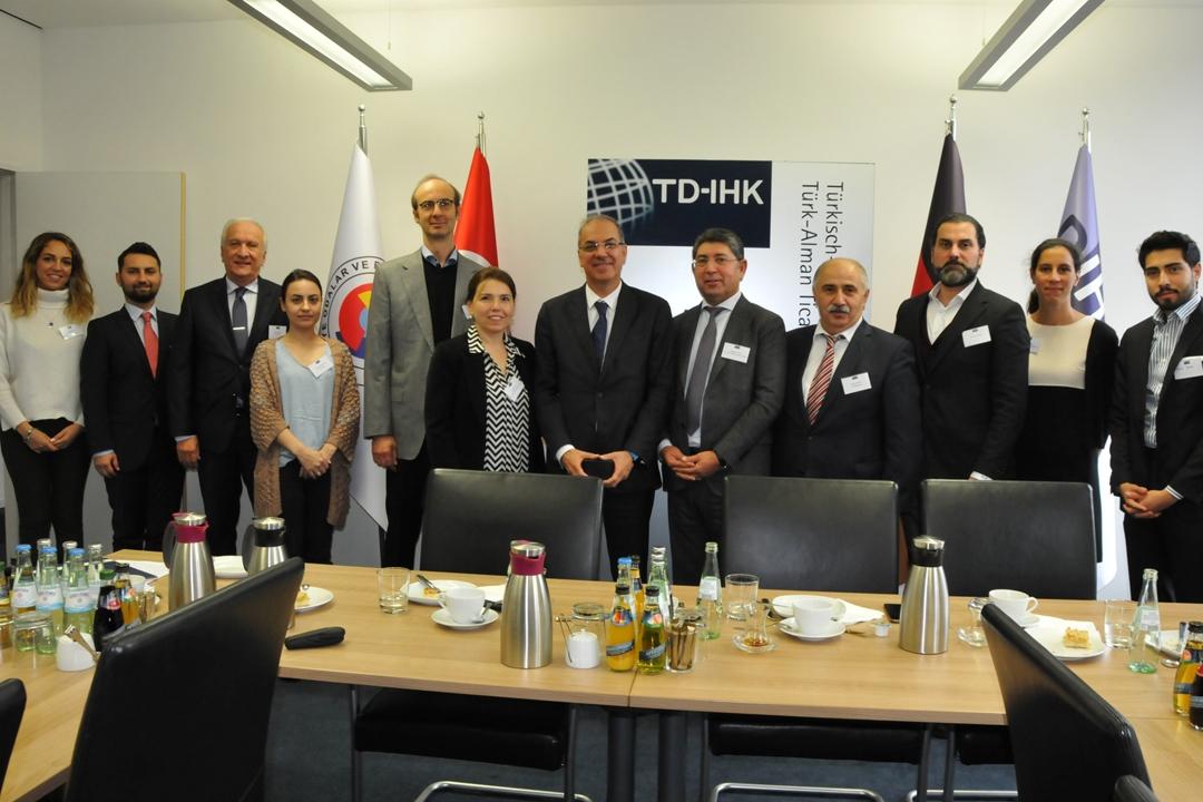 TD-IHK`da Ticarette Tahkim ve Arabuluculuk toplantısı