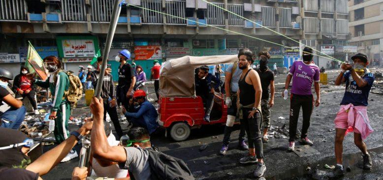 Irak'ta Öldürülen Protestocuların Sayısı 320'yi Geçti