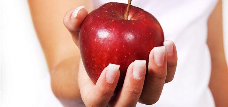 'Bir kase yoğurt yiyorsak yanında elma da tüketin'