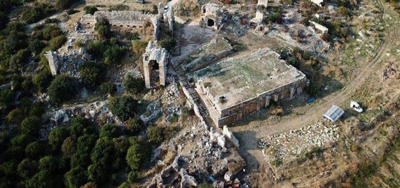 Mersin Akkale Antik Kenti'nde binlerce yıllık hamam bulundu