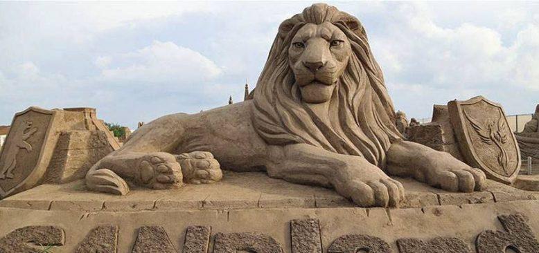 Kum Heykel Müzesi'nin kapılarını 'ruble' de açacak