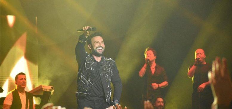 Tarkan 11 yıl sonra Viyana'da konser verdi