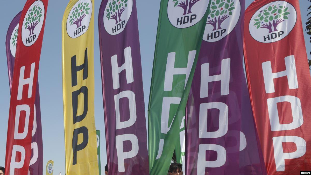 HDP'li Belediyelere 28'inci Kayyum