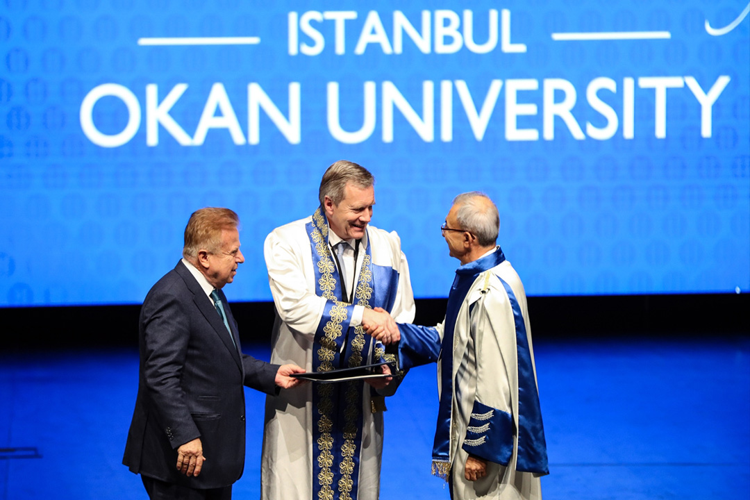 Almanya'nın eski Cumhurbaşkanı Wulff'a Okan Üniversitesinden fahri doktora