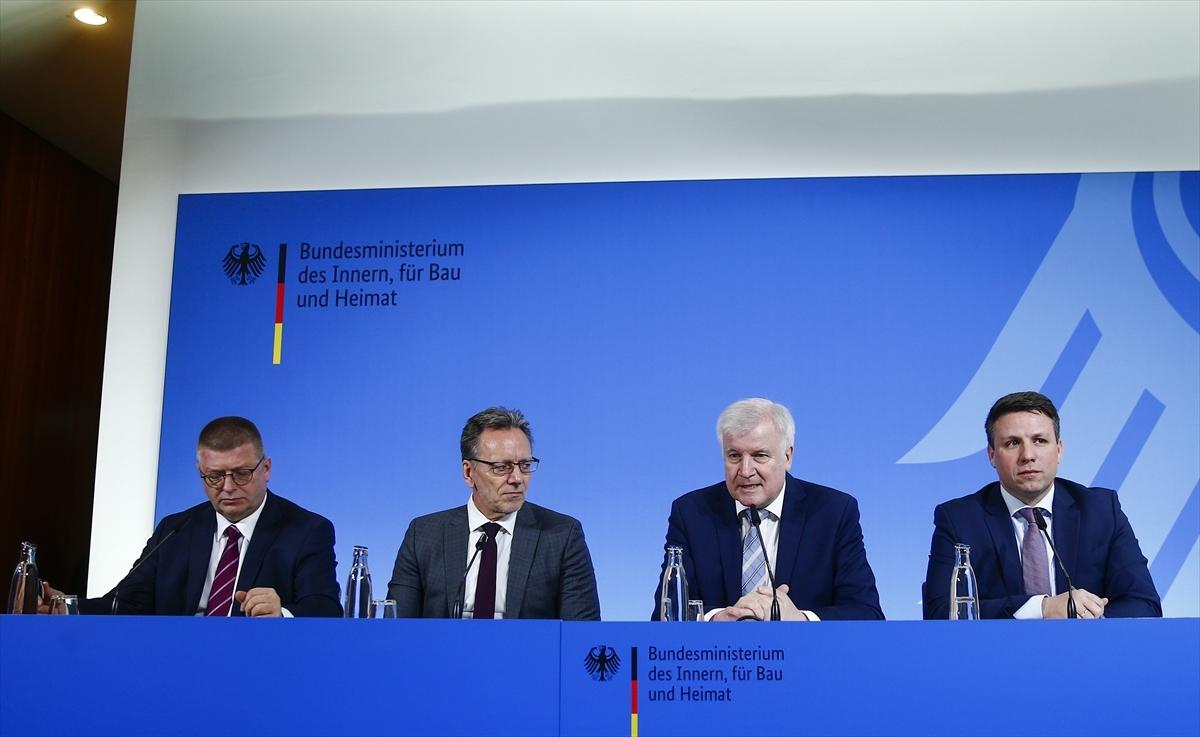 Almanya'da 12 binden fazla şiddet yanlısı aşırı sağcı bulunuyor