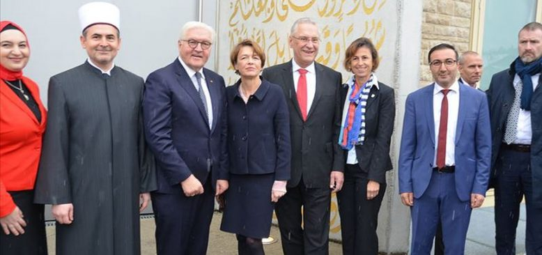 Cumhurbaşkanı Steinmeier Penzberg Camisi'ni ziyaret etti