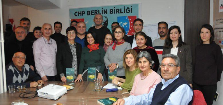 Başkent Berlin`de kaçak saray konulu konferans