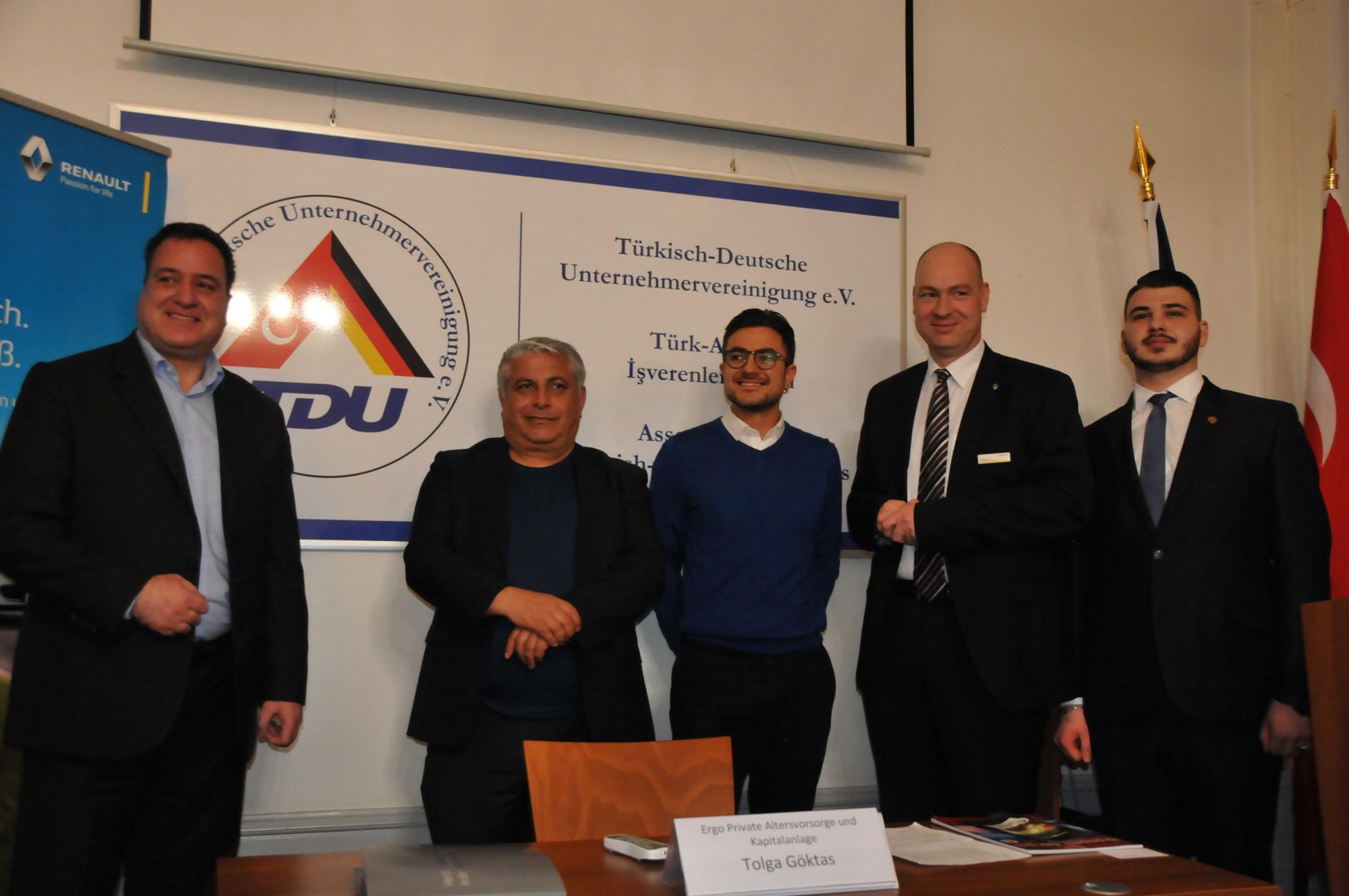 Berlin TDU firma tanıtım akşamlarını sürdürüyor