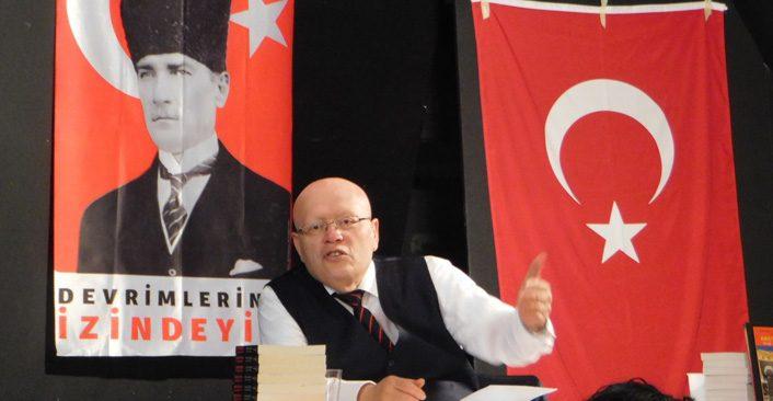 Tarihçi Prof. Dr. Kemal Arı Hollanda ve Almanya`da konferanslar verecek