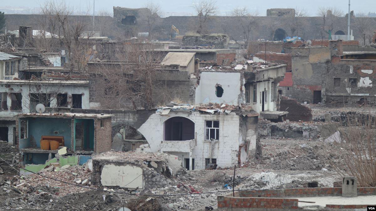 Sur'daki Sokağa Çıkma Yasağı 5'inci Yılında