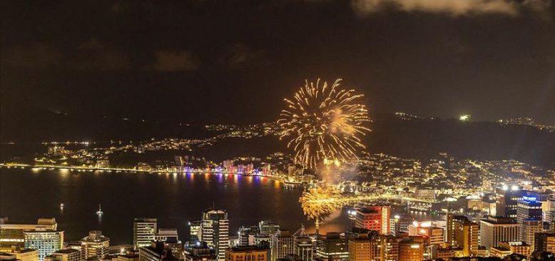 Dünyada yeni yıl kutlamaları başladı