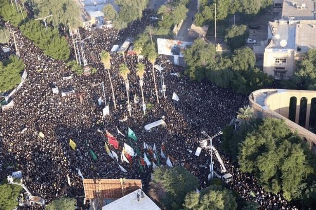 İran Süleymani için toplandı