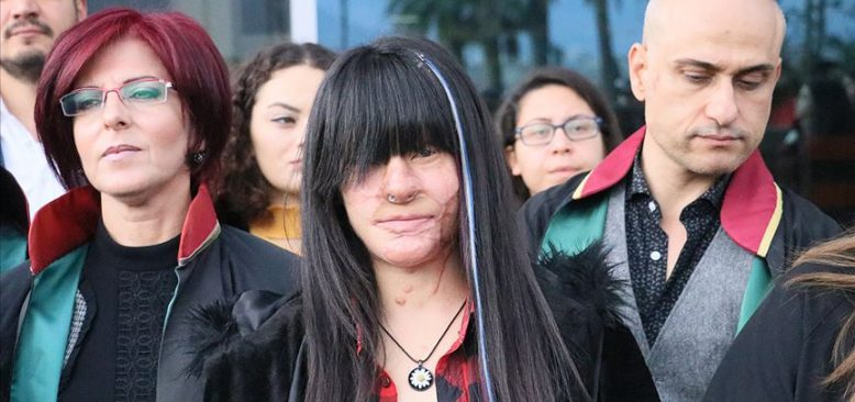 Berfin Özek'in yüzüne asit döken sanığa 12 yıl 18 ay hapis cezası