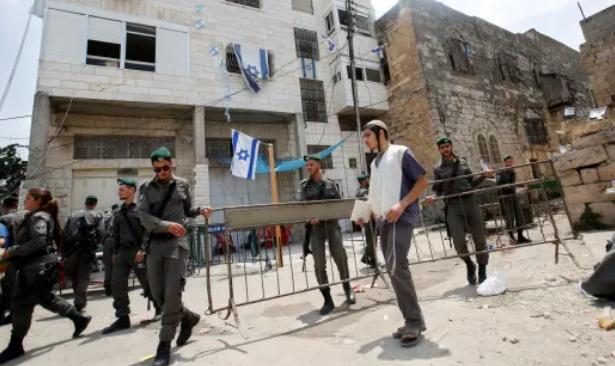 Filistinli kılığına giren İsrail polisi, Yahudi gençlerin saldırısına uğradı