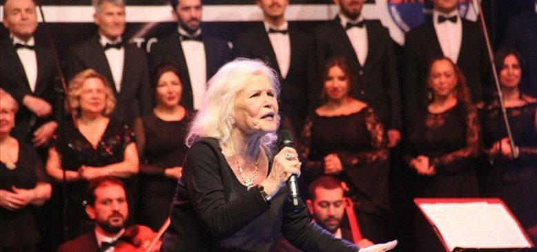 Türk sanat müziğinin 3 ustası sevenleriyle buluştu