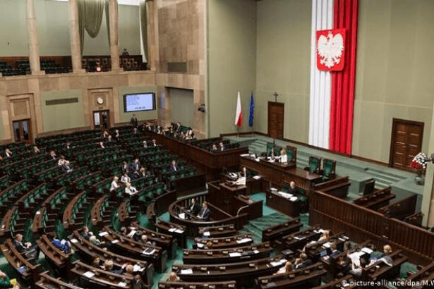 Polonya Alt Meclisi'nden anti-komünist önerge
