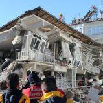 Türkiye'de Son 100 Yılda Depremlerde En Az 80 Bin Kişi Hayatını Kaybetti